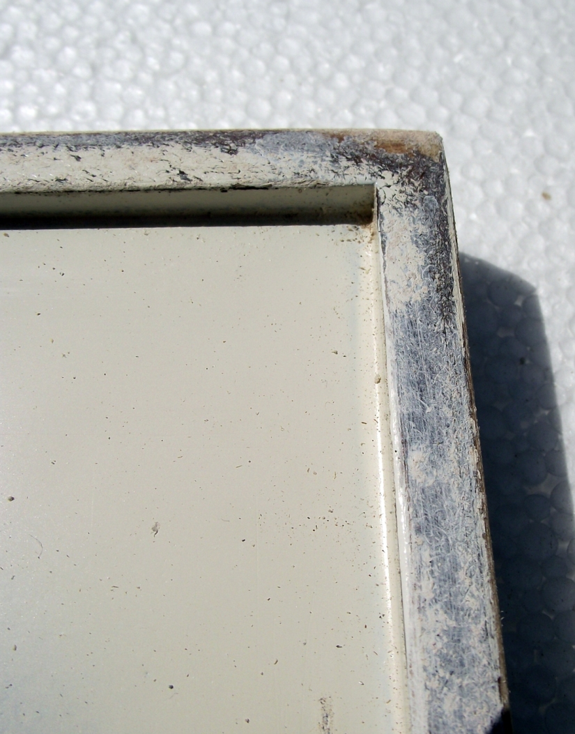 Picture frame distressed
