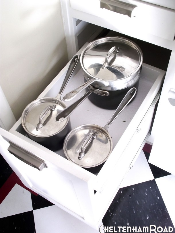 Pull Out Kitchen Drawer for Pots and Pans