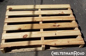 Pallet Wood Shelf Project