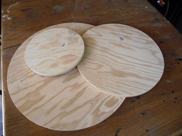 Plywood Rounds for Rotating Craft Show Display