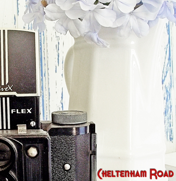 Make a Distressed Wood Backdrop for Photos Cheltenham Road