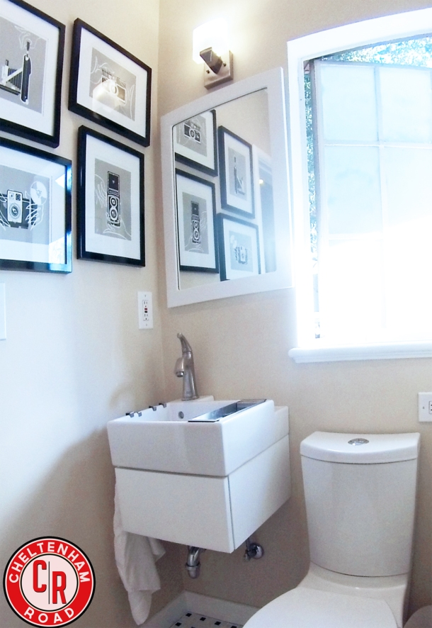 Tiny Bathroom Makeover