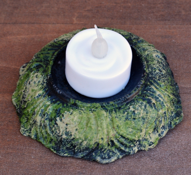 create-faux-moss-look-with-folk-art-painted-finishes