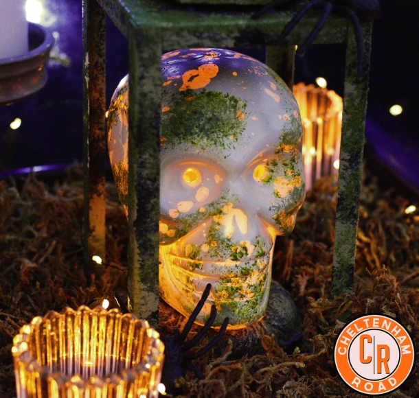 halloween-decoration-easy-skull-centerpiece