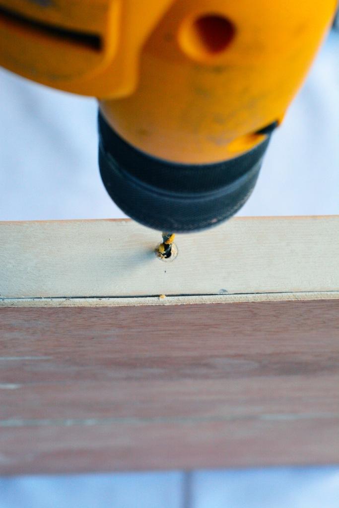 photo-frame-tutorial-drill