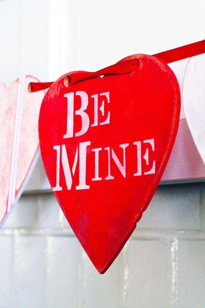 Vintage Valentines Day Garland